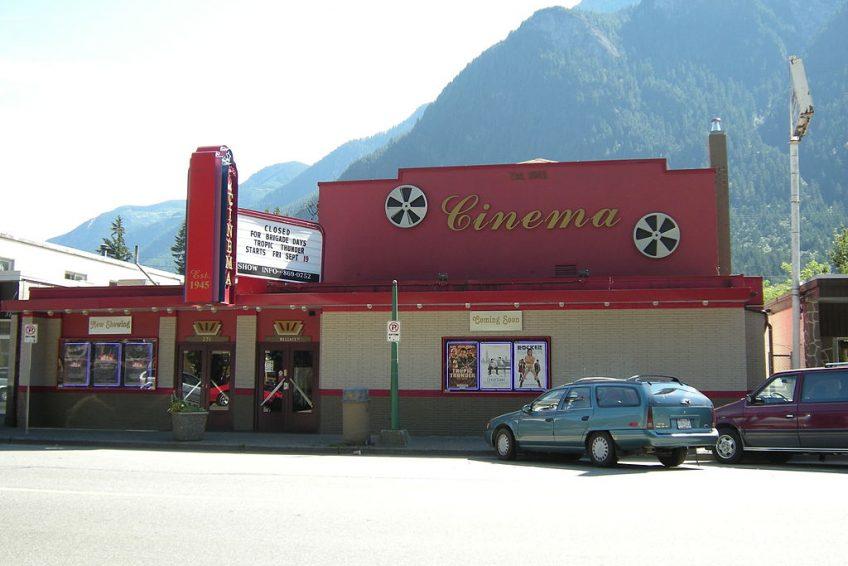 Hope Cinema | Credit: Joe Mabel CC-BY-SA-3.0 Wikimedia | Hope, BC