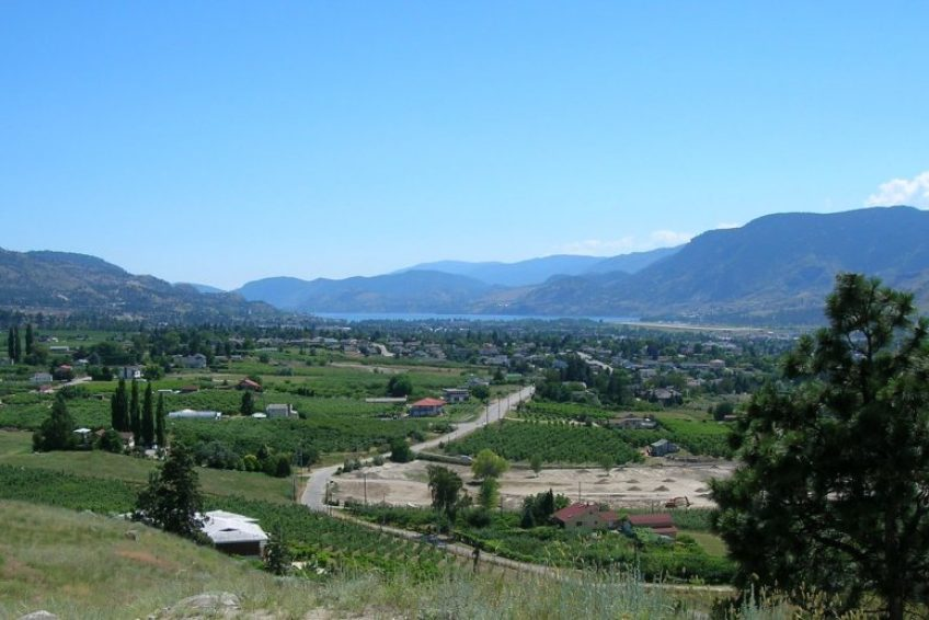 Overlooking Penticton from Munson Mountain | Credit Bulliver CC BY-SA 1.0 Wikimedia | Penticton, BC