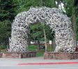 One of 4 iconic arches made from shedded elk antlers located on each corner of the Town Square | Credit: Monster 1000 CC BY-SA 3.0 Wikimedia-Jackson, Wyoming